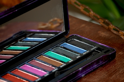 Close up Palette BYS maquillage Cosmic