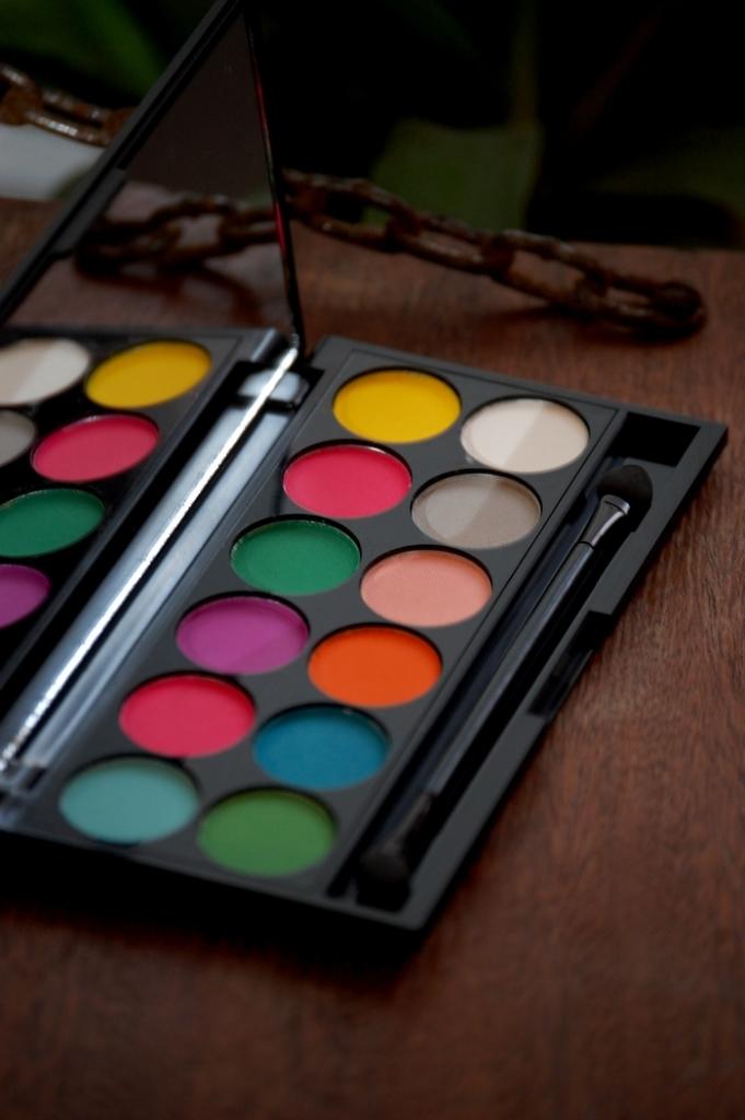 Palette SleekUltra Mattes V1 : des teintes vives en version matte
